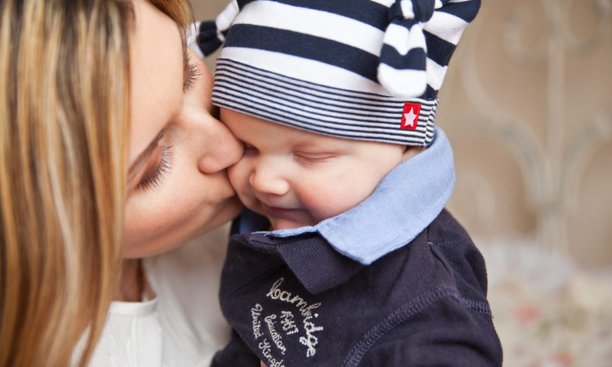 12 Ways to Bond With Your Baby