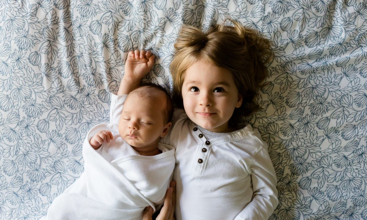 Baby's 1st Year Videos: Creating a Bond with a Sibling