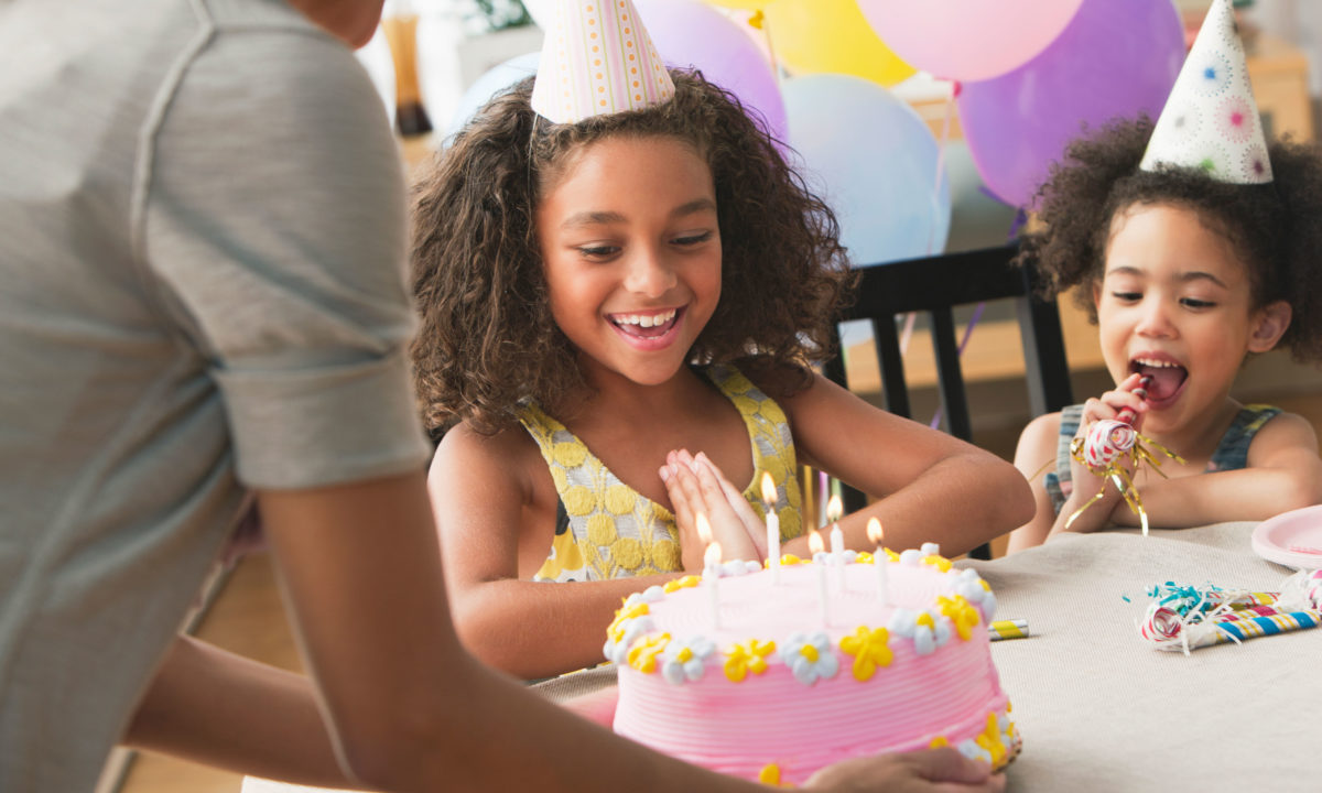 17 Indoor Birthday Party Ideas for Kids