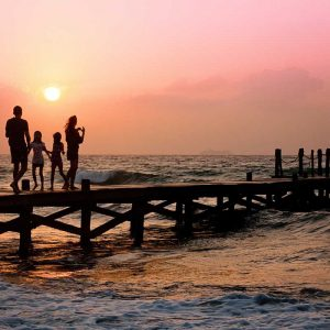 How to Plan a Perfect Family Vacation: Your Essential Guide