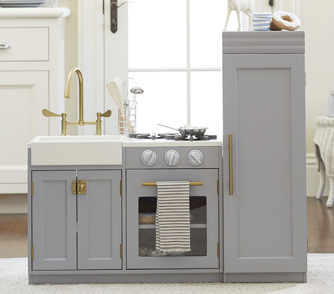 Pottery Barn Kids Chelsea All-in-1 Kitchen