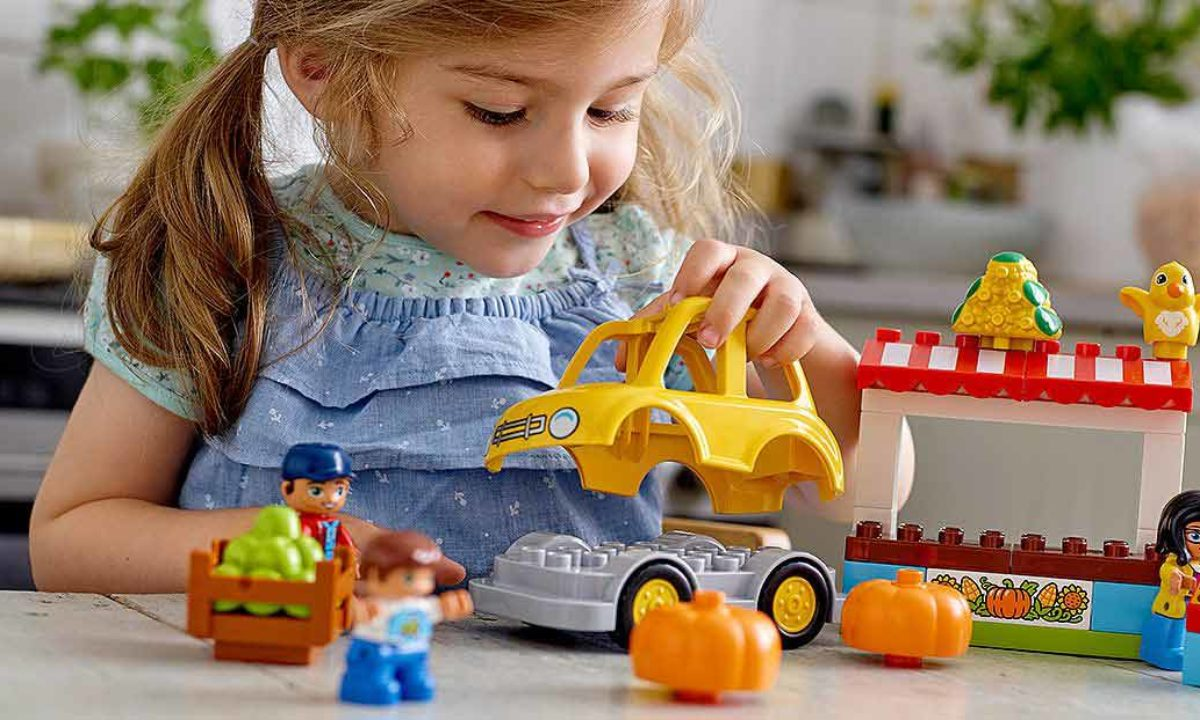 Best LEGO DUPLO Sets for Little Builders
