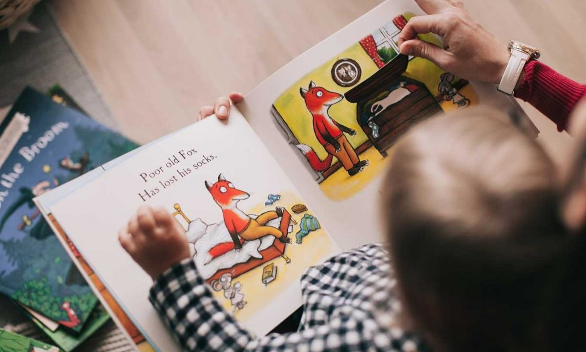 20 Best Touch and Feel Books for Babies