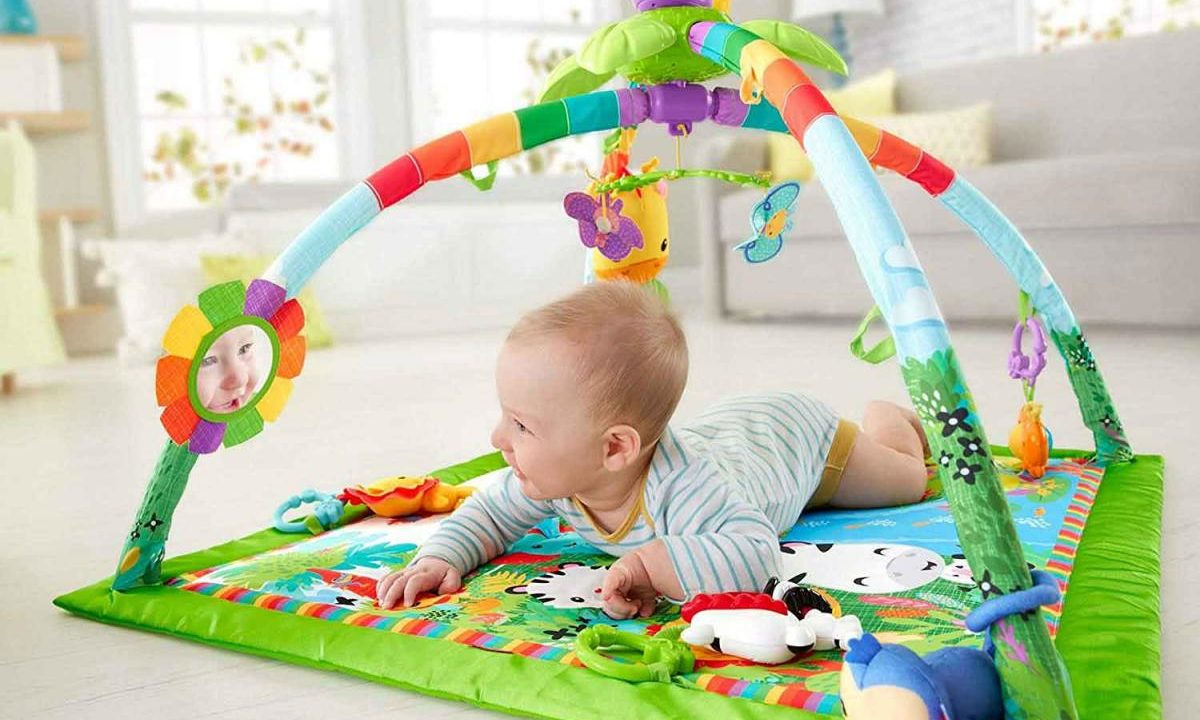 Best Play Mats to Help Your Baby with Tummy Time