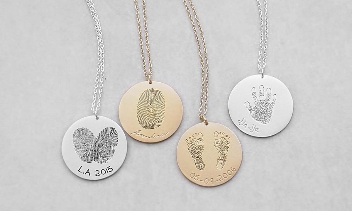 Personalized Jewelry for Moms