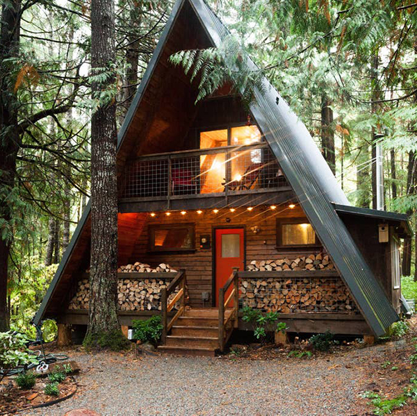 The Little Owl Cabin in Packwood, WA