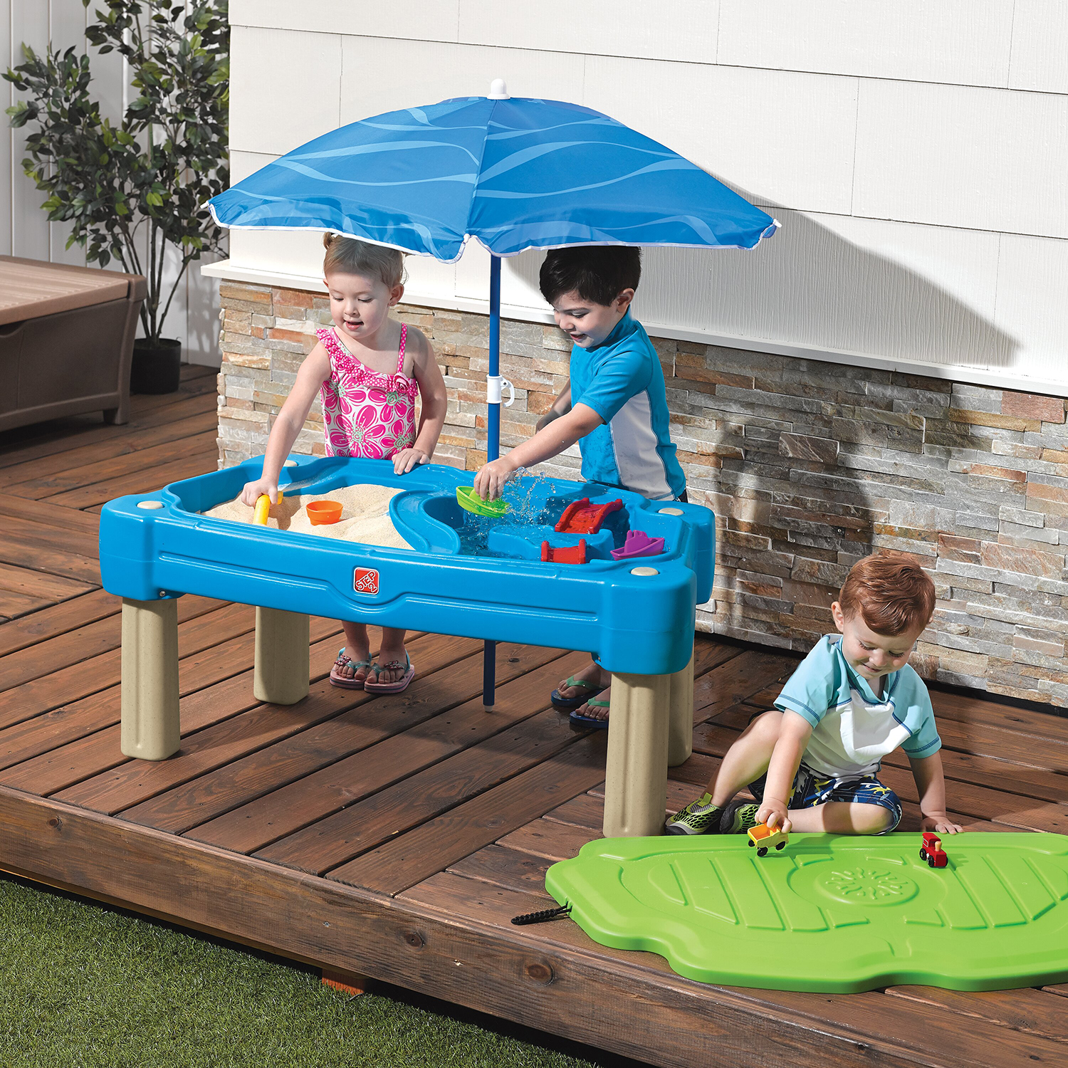 Step2 Play Sand and Water Table