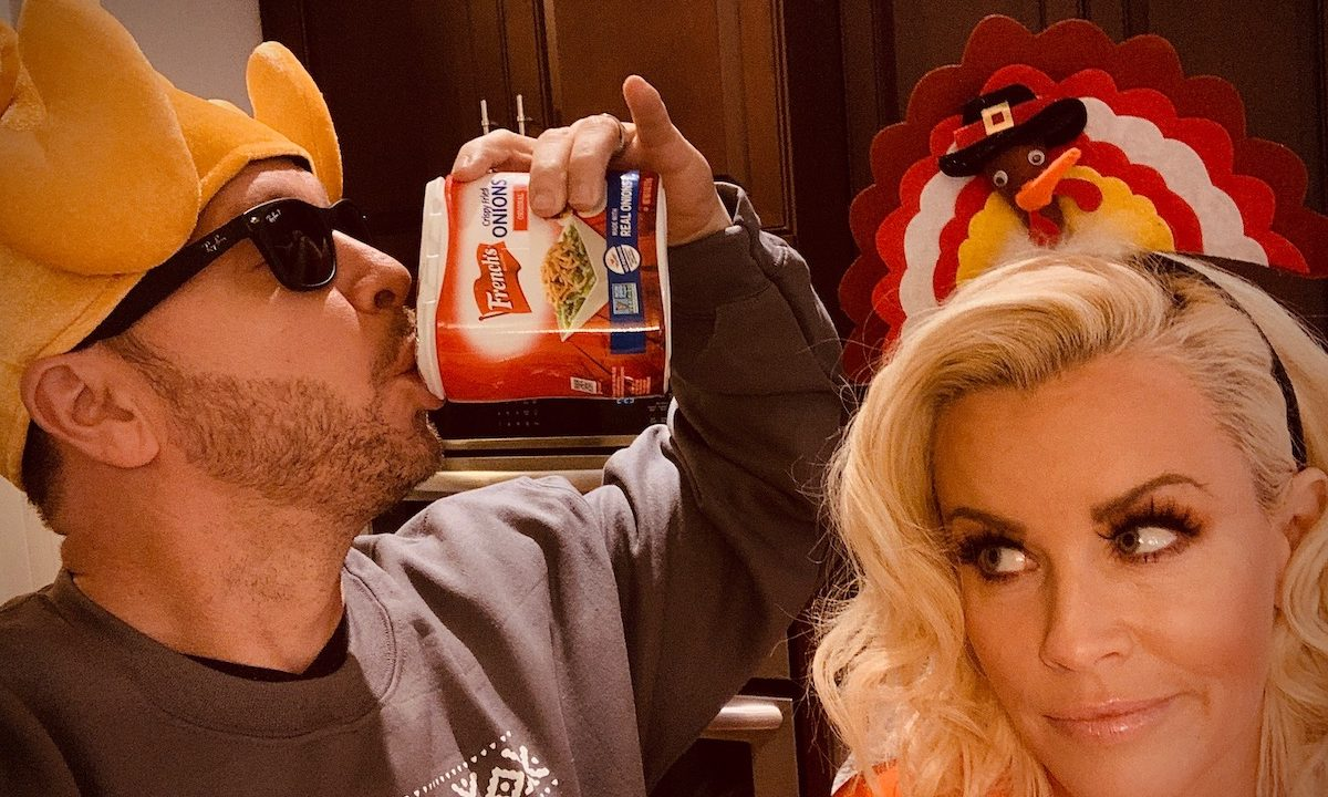 Jenny McCarthy and Donnie Wahlberg Talk Turkey and Share Their Favorite Thanksgiving Traditions