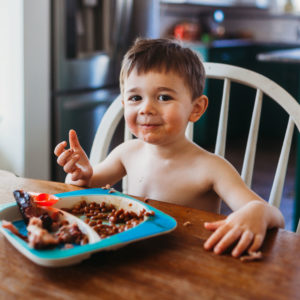 The Best Dinnerware Sets for Kids to Make Mealtime Fun