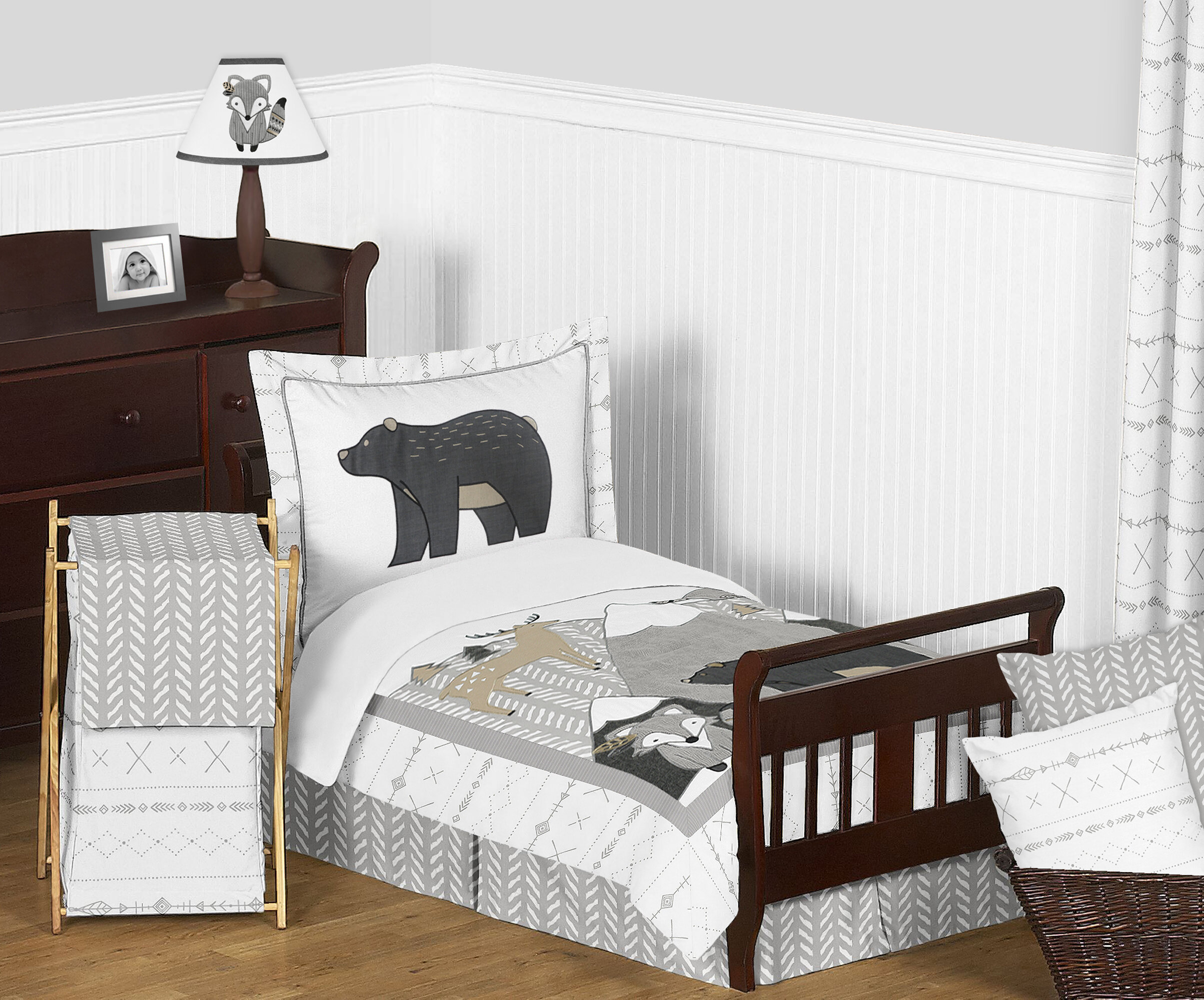 The Best Toddler Bedding From Sheets To Quilts Comforters Parenting