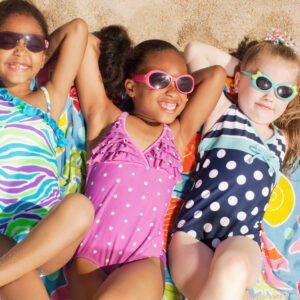 The 10 Best Kids Beach Towels to Keep Them Warm and Dry