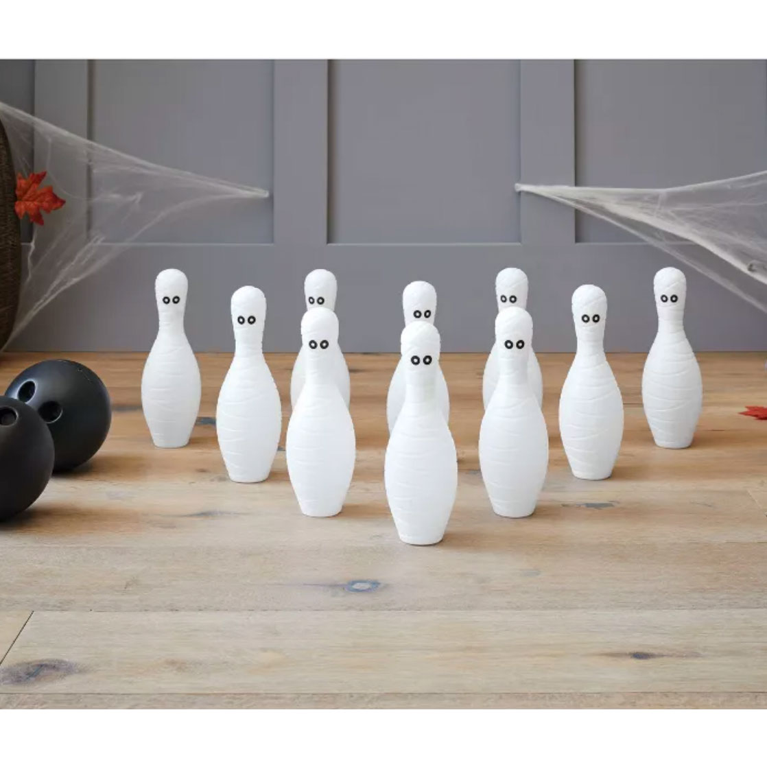 Mummy Bowling Game Halloween Party Kit - Hyde & EEK! Boutique