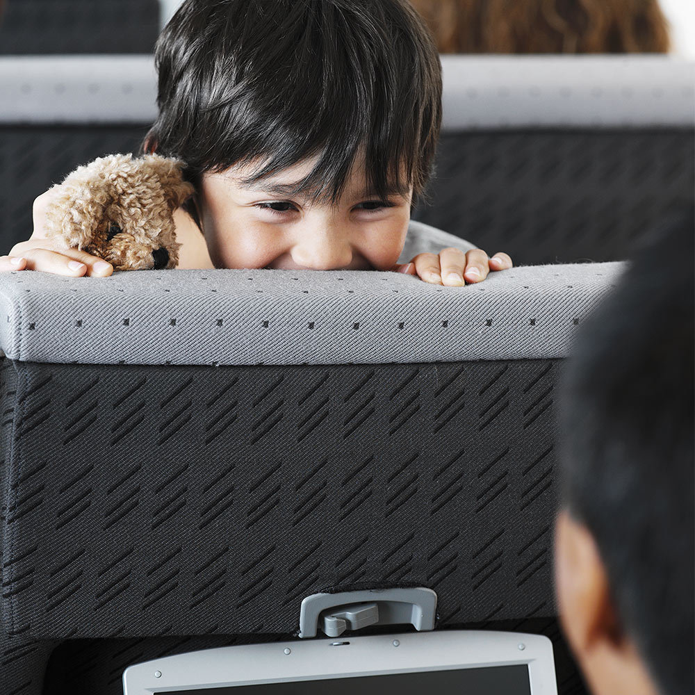 Flying with Kids: Travel Tips for Long Flights