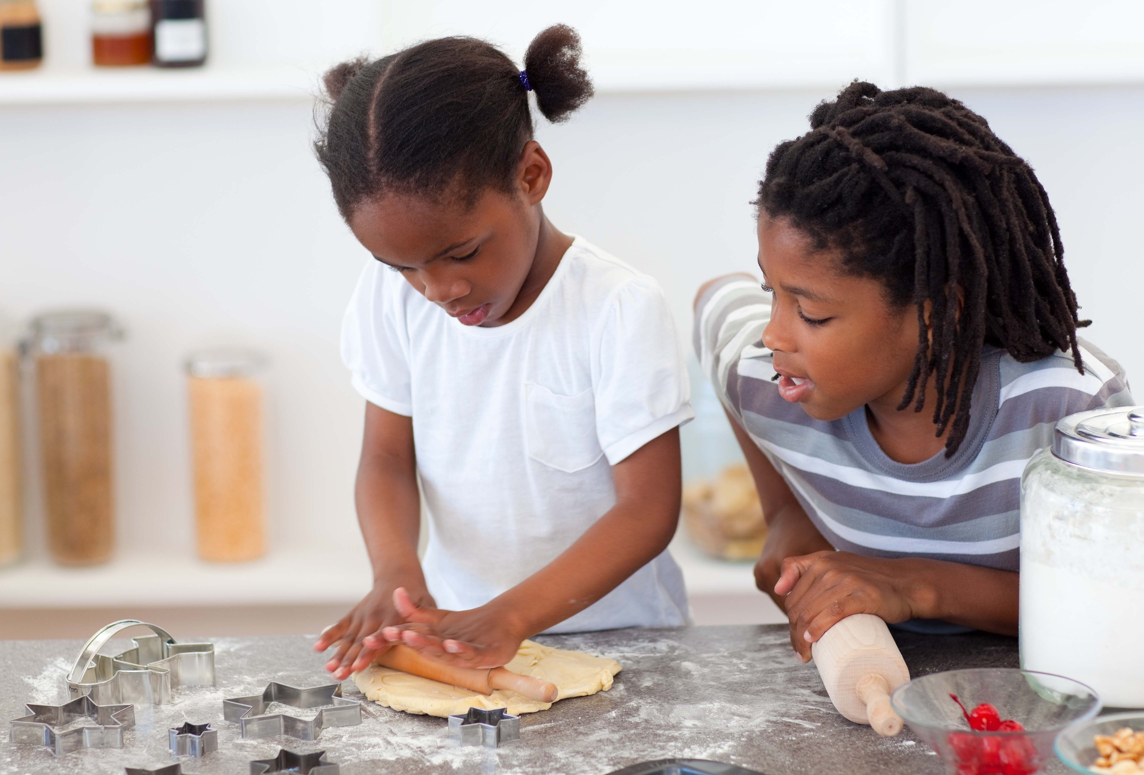 12 Ways Children Can Give Back This Holiday Season