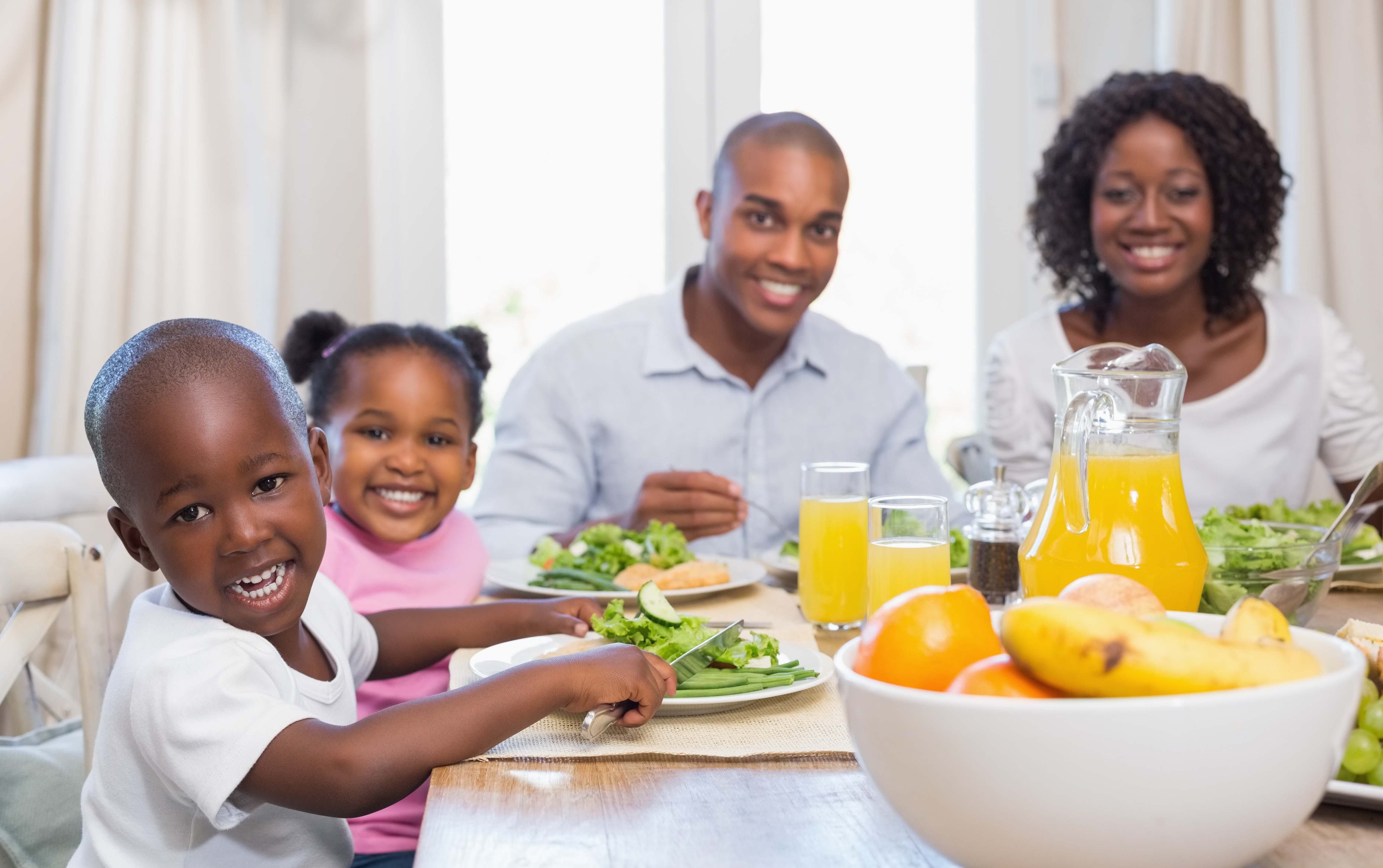 7 Reasons to Eat Family Dinner Together