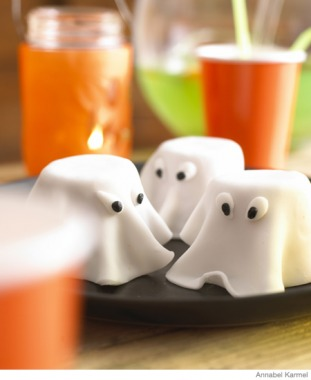 Easy Halloween Recipes Spooky Ghost Cakes
