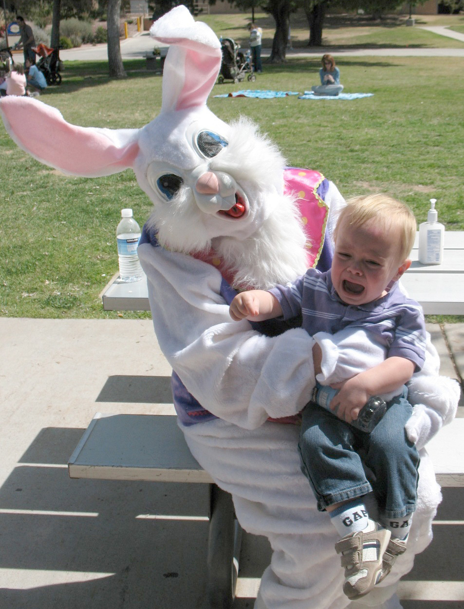 15 Kids Scared—Not Charmed—By The Easter Bunny