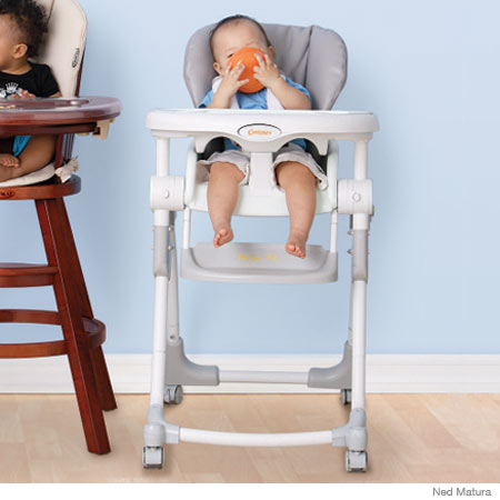 Kolcraft's Contours Perfect Fit High Chair