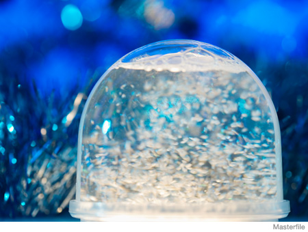 Christmas and Holiday Crafts for Kids Snow Globe
