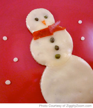 Fun-to-Eat Snowman Pizza for Picky Eaters