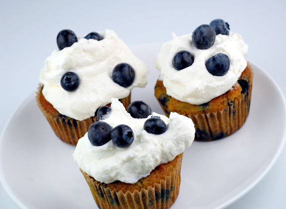 Gluten-Free Blueberries and Cream Cupcakes