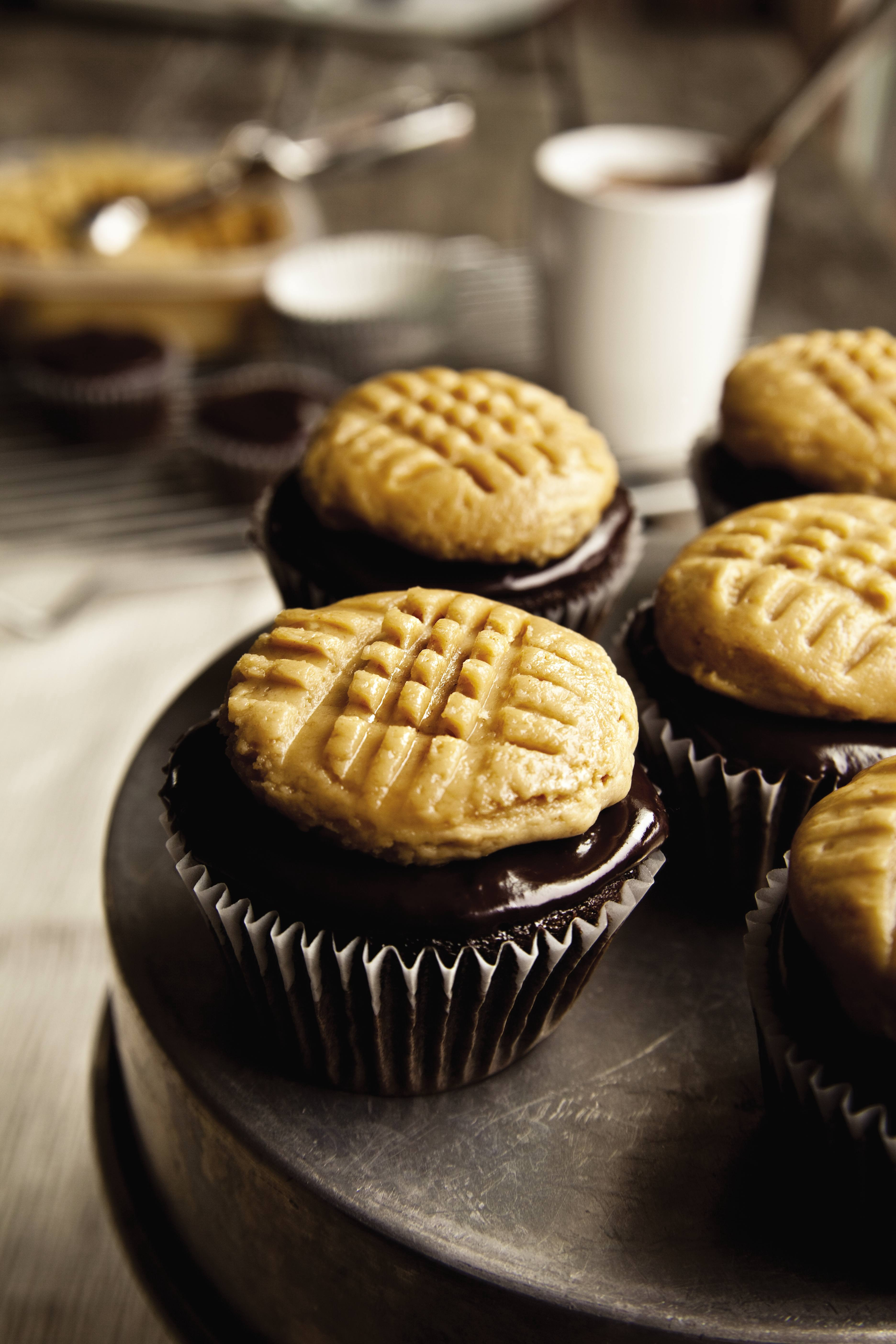 Chocolate Cupcakes with Peanut Butter Cookie Frosting