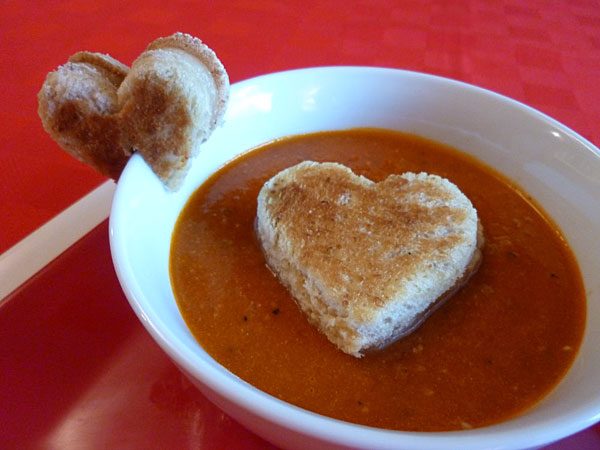 Fun-to-Eat Grilled Cheese and Soup