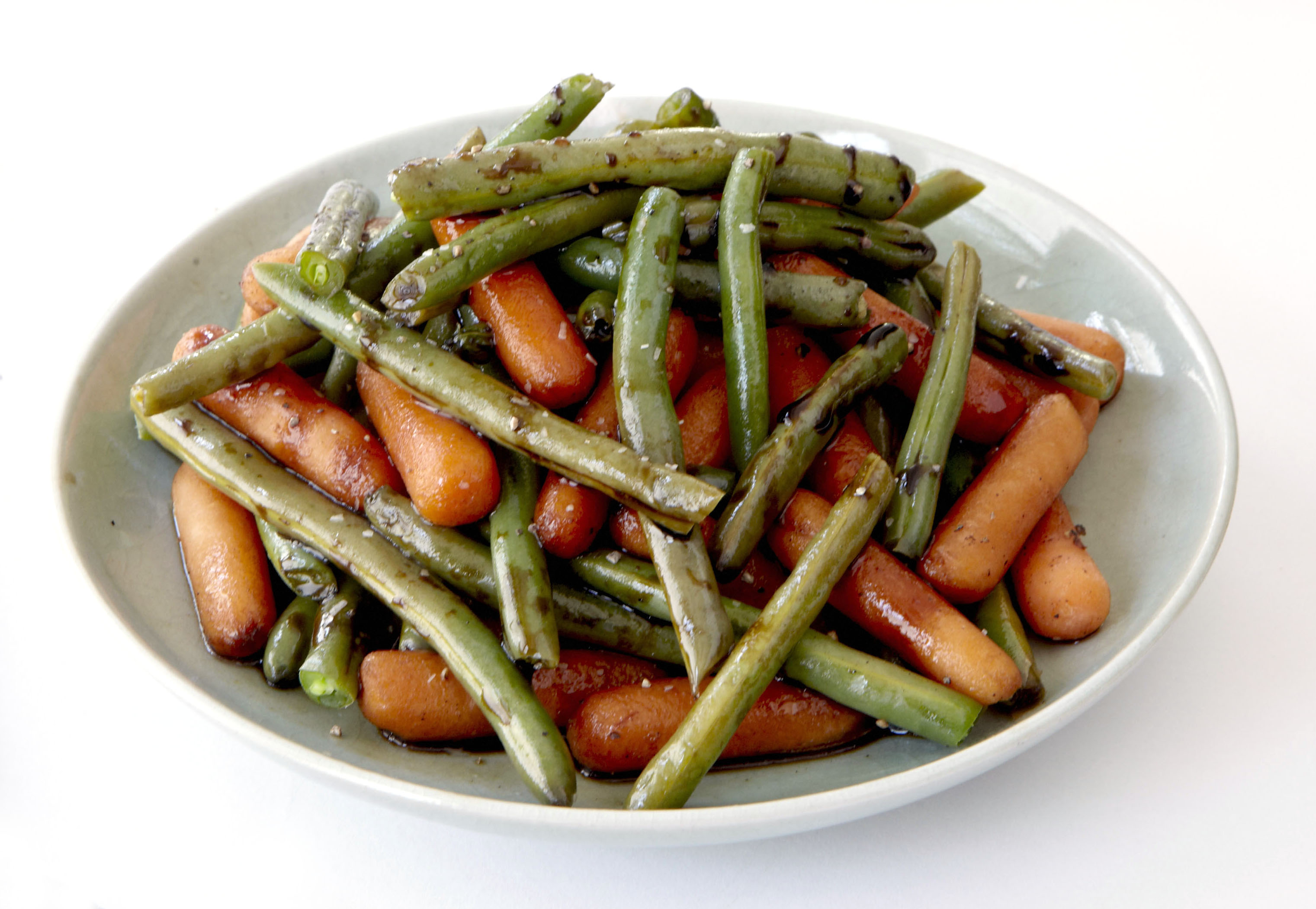 Balsamic-Glazed Green Beans and Carrots
