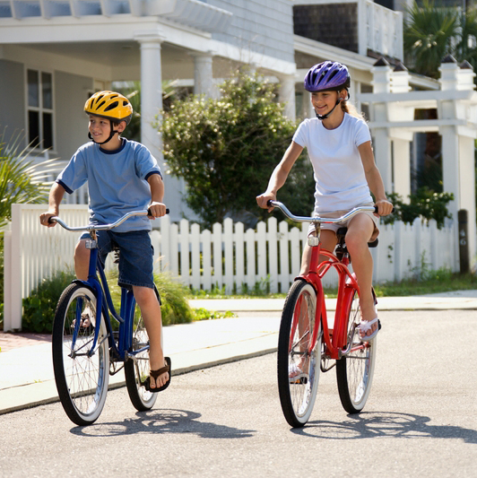 Florida Community Wants to Outlaw Kids Playing Outside