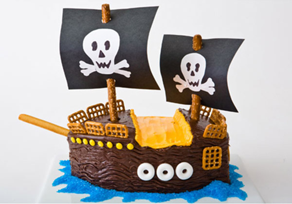 Excellent Pirate Ship Birthday Cake Design Parenting Funny Birthday Cards Online Alyptdamsfinfo