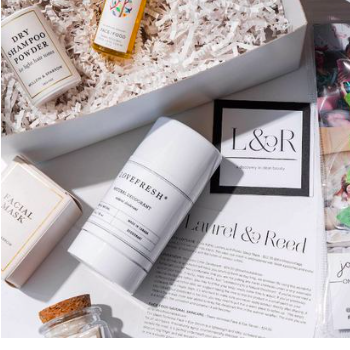 For the All-Natural Mom: Laurel & Reed