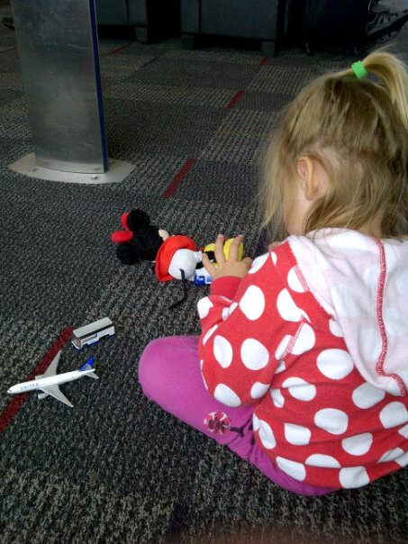 Four Ways to Pass Time on an Airport Delay