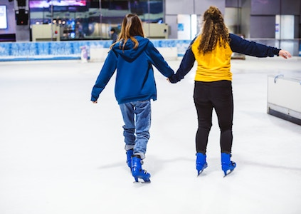Winter Activities for Kids: Ice Skating
